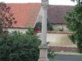 7. Strupčice - Pieta na sloupu (klášterecká)