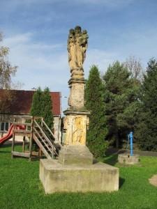 Hošnice - Sv. Anna Samotřetí